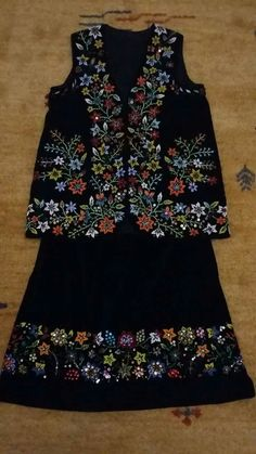 Polish Embroidery, Embroidery Dress, Poland, Diy And Crafts, Beads, Sewing, Womens Fashion, Model, Clothes