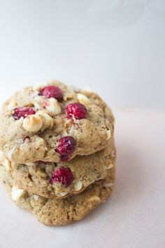 Pete and Buzz: cranberry coconut cookies