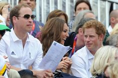 Kate Middleton and Prince William Photo - Olympics Day 4 - Equestrian