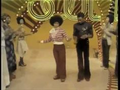 """Love. I'm a HUGE fan of Soul Train. // How to dance properly to Daft Punk's """"Get Lucky"""""""