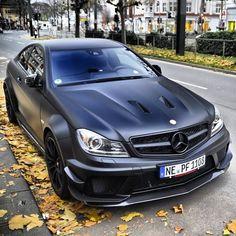 Sweeeeet Matte Black AMG Black Series i waaaant it baaaaad Mercedes Sport, Mercedes C63 Amg, Amg C63, C63 Amg Black Series, C 63 Amg, Mercedez Benz, Disney, Automobile, Muscle