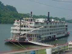 Mississippi Queen docked at Portsmouth Ohio