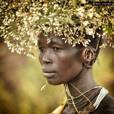 Africa: Surma woman, Omo River, Ethiopia by fabio marcato Black Is Beautiful, Beautiful World, Beautiful People, African Tribes, African Women, African Art, We Are The World, People Around The World, Costume Africain