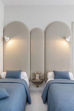 bedroom interior design with twin bedroom Kids Bedroom, Bedroom Decor, Bedroom Ideas, Bedroom Lighting, Design Bedroom, Paris Bedroom, Bedroom Wall, Master Bedroom, Wall Decor