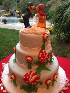 Luigi/Daisy Wedding Cake