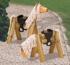 Horseshoe Art Projects | Yard Art Woodcraft Plans - Landscape Timber Horse Woodworking Plan