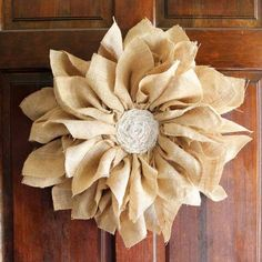 Make a burlap flower wreath for your spring porch decor!