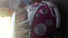 Our lola & grace camper arriving on portobello road fashion market #lolagracecamper #shopping