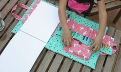 TUTORIAL maleta de dibujo! Book Crafts, Diy And Crafts, Crafts For Kids, Diy Presents, Diy Gifts, Sewing For Kids, Baby Sewing, Notebook Diy, Sewing Crafts
