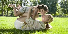 """One Doctor Is Urging Parents: """"Don't Kiss Your Kids on the Lips!"""" - GoodHousekeeping.com"""