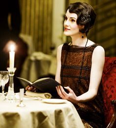 Mary Crawley in Downton Abbey episode 6.04 ..