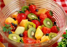 1000 Calorie Diet Menu Sample Source by 1000 Calorie Meal Plan, 1000 Calories A Day, 1000 Calorie Diets, Grapefruit Diet, Healthy Diet Tips, Picnic Foods, Diet Meal Plans, Perfect Food, Health Desserts
