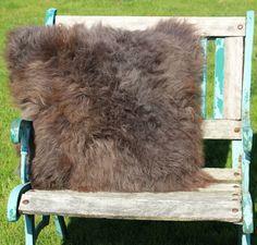 schapenvacht kussen nr. 5 – 60cm