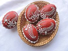 Easter Egg Crafts, Easter Eggs, Funny Eggs, Egg Shell Art, Easter Egg Designs, Egg Art, Easter Cookies, Egg Decorating, Diy And Crafts