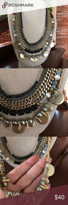 Stella & Dot 3 in 1 statement necklace Stella & Dot 3 in 1 statement necklace, worn once. Excellent condition, pet/smoke free home. Stella & Dot Jewelry Necklaces