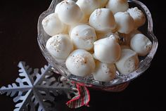 Eggnog Truffles {uses real eggnog...and rum extract}