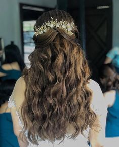 👰🏻💐⭐️💗 RG Thank you using 2 sets of Light Ash Brown Half Updo Hairstyles, Elegant Hairstyles, Updos, Light Ash Brown, 2 Set, Hair Extensions, Curls, Your Style, Hair Color