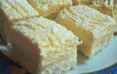 Raffaello dezert s famóznym krémom: Zákusok krehučký a ľahký ako vánok, na nerozoznanie od kupovaného dezertu Raffaello!   Báječná vareška Mini Cakes, Cornbread, Coco, Sweet Recipes, Bakery, Good Food, Food And Drink, Sweets, Cheese