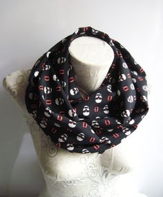 Skull Printed infinity Scarf  Black İnfinity Scarf by dreamexpress from dreamexpress on Etsy. Find it now at http://ift.tt/1tAXsMl!