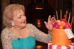 I love Betty White!!! 90th Birthday ~ 90!?! No way! 90 and just started a new TV show? This woman is amazing.