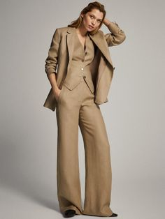 Classy Outfits, New Outfits, Stylish Outfits, Blazers For Women, Suits For Women, Clothes For Women, Linen Suit, Linen Blazer, Classic Suit