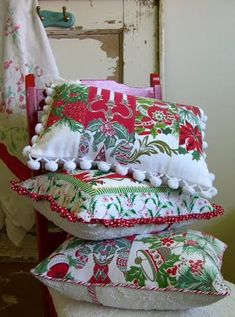 Into Vintage: I will use the linens I bought yesterday in a set (for the one gorgeous one)and make a ball fringe pillow.
