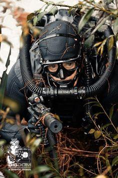 Combat diver with Aqualung FROG rebreather