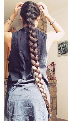 Length of hair goals Beautiful Braids, Beautiful Long Hair, Gorgeous Hair, Long Brunette, Brunette Hair, Straight Hairstyles, Braided Hairstyles, Rapunzel Hair, Real Rapunzel