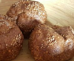 Chia - Eiweiß Brötchen Low Carb Clean Eating, Healthy Eating, Bread, Vegan, Vegetables, Petra, Recipes, Finger, Food