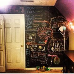 Dream room!! I've always wanted to paint on my wall but it'd be to much work to fix mistakes. Perfect solution!!!