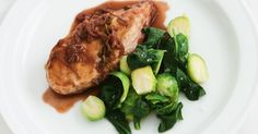 Try this mouth-watering recipe of succulent chicken in a red wine, thyme and vinegar sauce for your next dinner.