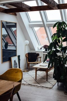 Home Tour with Line Borella in Copenhagen is part of Living Room Scandinavian Apartment - Take a look at this stunning Home Tour with Line Borella, in a modern Copenhagen apartment with beautiful danish design furniture Modern Interior Design, Home Design, Design Ideas, Design Blogs, Scandinavian Interior Design, Beautiful Interior Design, Bohemian Interior, Design Concepts, Luxury Interior
