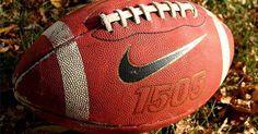 Regras da prorrogação em jogos da NFL. As regras da prorrogação na NFL estão entre as mais controversas e questionadas nos esportes profissionais. Embora muitas pessoas argumentam que os jogos não devem ser decididos por um cara ou coroa, a NFL emprega as mesmas regras para a prorrogação desde o inicio da era do Super Bowl. Na temporada regular, o período adicional de prorrogação de 15 ...