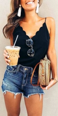Shorts Outfit Ideas Pictures womens fashion outfit ideas 2019 black top with denim Shorts Outfit Ideas. Here is Shorts Outfit Ideas Pictures for you. Shorts Outfit Ideas shorts outfit ideas for spring and summer on stylevore. Trendy Summer Outfits, Summer Fashion Trends, Spring Summer Fashion, Casual Outfits, Fashion Ideas, Summer Clothes For Women, Summer Fashions, Summer Clothing, Style Summer