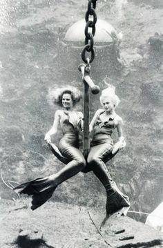 Weeki Wachee Springs Mermaids c. 1986. This photo originates from vintagegal's tumblr stream.