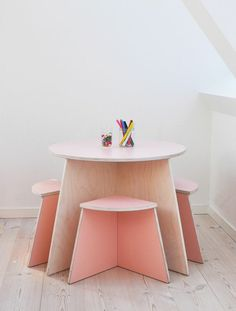 Kids room - Furniture by Small Design - Unduetre Stella Muebles para niños… Kids Room Furniture, Furniture Design, Toddler Furniture, Children Furniture, Plywood Furniture, Small Kids Furniture, Furniture Stores, Bedroom Furniture, Lego Bedroom