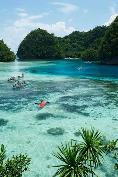 It's more fun in the Philippines Spend a relaxing time at Surigao Del Norte's clear water..