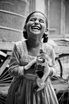 "More laughter. Photo ""Pure Laughter"" by Amith Nag.""Laughter is at its purest when seen in children. Beautiful Smile, Beautiful Children, Perfect Smile, Smile Face, Make You Smile, Smile Photo, Smiles And Laughs, People Of The World, Photo Contest"