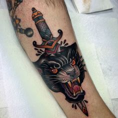 Traditional Panther with old school dagger
