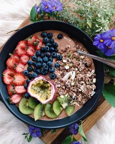 pappa-bear: Saturday morning smoothie bowl