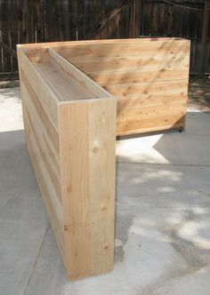 Living wall planter - for the benefit of the patio corners, fence - Living wall planter for the benefit of the terrace corners fence - Wooden Planters, Outdoor Planters, Diy Planters, Outdoor Gardens, Outdoor Decor, Concrete Planters, Fence Planters, Succulent Planters, Stamped Concrete