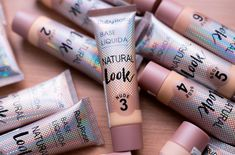 swatches da base ruby rose natural look Base Natural, Natural Looks, Fun Activities For Kids, Kindergarten Activities, Origami Instructions Step By Step, Maybelline, Base Ruby Rose, Paper Origami Flowers, Mary Kay