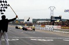 Magnifique | Gilles Villeneuve & René Arnoux | Prenois, France, 1979.