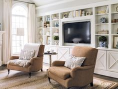 Built-ins, traditional details   Luxe Magazine - The Luxury Home Redefined