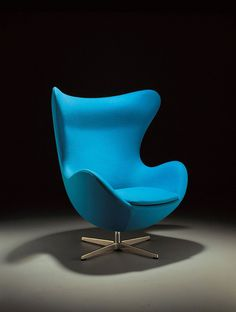 Arne Jacobsen, armchair Egg (Aegget) 1957-58. © Republic of Fritz Hansen.