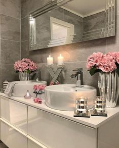 I think if there is so much noise outside the bathroom, it seems very quiet and peaceful . - Xadia Cashif - Badezimmer - Home Sweet Home Dream Bathrooms, Beautiful Bathrooms, Small Bathroom, Modern Bathroom, Purple Bathrooms, Bath Decor, Bedroom Decor, Pink Bathroom Decor, Elegant Bathroom Decor
