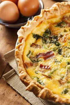 Simple Savory Recipe: Bacon and Spinach Quiche - 12 Tomatoes - MasterCook Quiches, Spinach Bacon Quiche, Quiche Crustless, Egg Quiche, Tomato Quiche, Swiss Cheese Quiche Recipe, Frittata, Bacon Egg, Baby Spinach