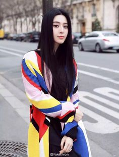 Actress Fan Bingbing in Paris http://www.chinaentertainmentnews.com/2016/03/street-shots-of-fan-bingbing-in-paris.html