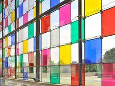 daniel buren adds tinted squares to colorize MAMCS' glazed facade - Architectural Design Colour Architecture, Facade Architecture, Landscape Architecture, Architectural Design Magazine, Magazine Design, Strasbourg, Daniel Buren, Window Film, Facade Design