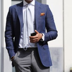 Every sunny day should be combined with linen jackets! Enjoy the sun!